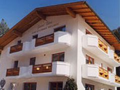 Hotel Garni Dias