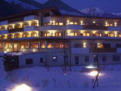 Deluxe Hotel & Spa Resort Alpenpalace