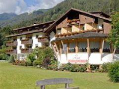 Hotel Vierbrunnenhof