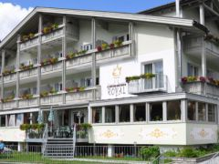 ***S Hotel Royal