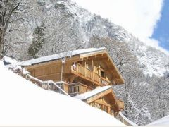 Isra Eco Chalet