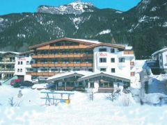 Familienhotel Rotspitz Pension***