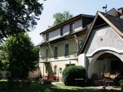 Frühstückspension Landhaus Puchbergerhof ***
