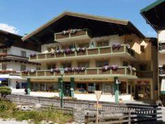 Central Filzmoos Hotel