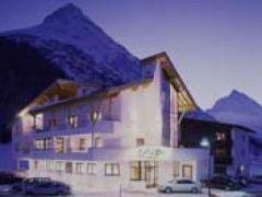 Hotel Casada***