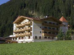 Alpinhotel**** Berghaus