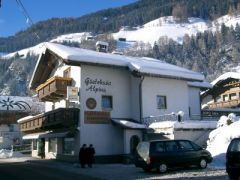 Neustift Pension Alpina