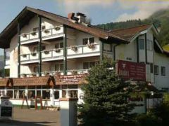 Appartement-Hotel Almhof ***