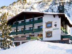 Hotel Pension Alt-Hubertus ***