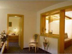 Hotel-Rustika****