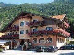 Hotel & Gasthof Perberschlager
