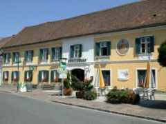 Landhotel*** Groggerhof
