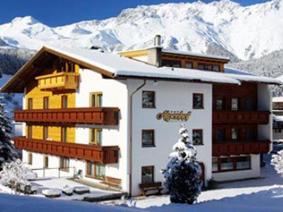 Alpenhof Pension Garni ***