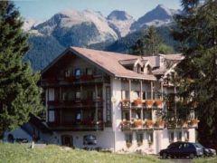 Albergo Hotel Canada ***