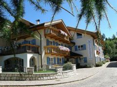 Residence Montebel ***